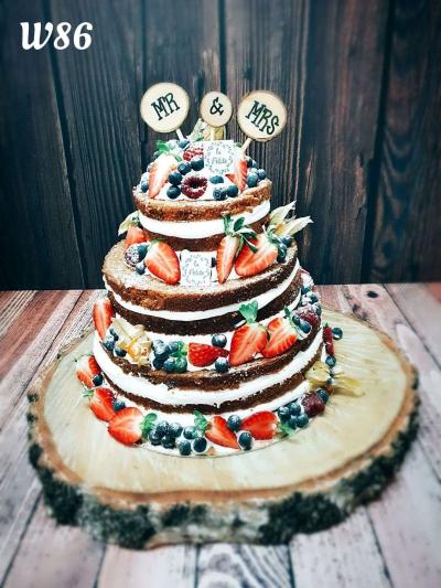 Tort Naked cake rustykalny