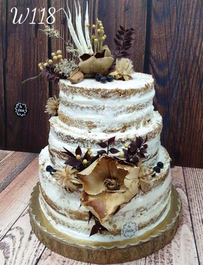 W118_Tort Naked cake- naturalne kwiaty